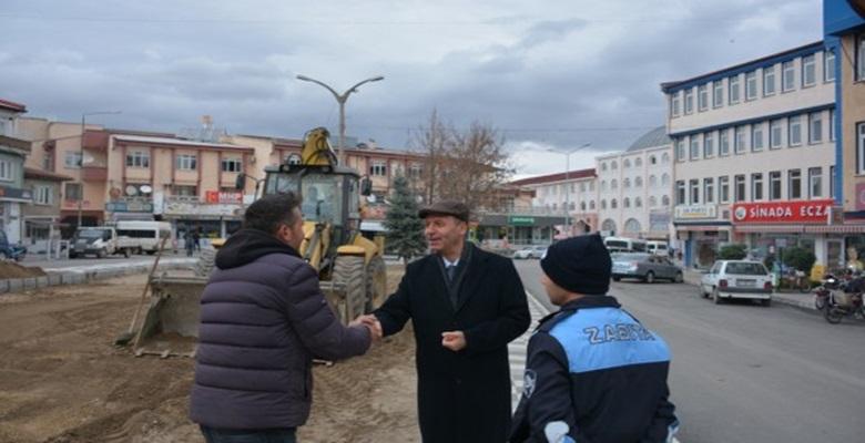 Şuhut'da  Çarşı Meydanı Güzelleşiyor