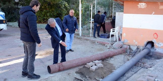 Dinar'da İçme Suyu Sıkıntısı Sona Erdi; Bütün Katlara Basınçlı Su Çıkmaya Başladı