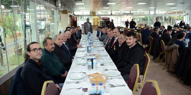 Belediye Başkanı Saffet Acar, Mühendislerle Yemekte Buluştu