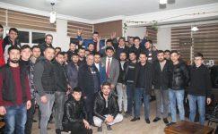 Gençlerden Çetinkaya'ya sürpriz ziyaret