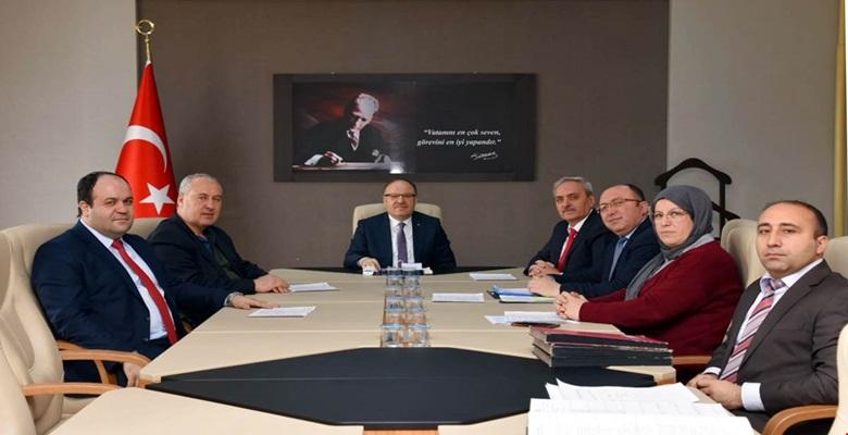 Vali Mustafa Tutulmaz'ın Başkanlığında İl Encümen Toplantısı Yapıldı
