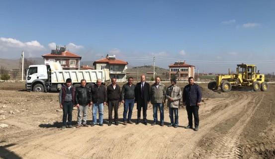 İstiklal Mahallesinde Yeni Park Yapımına Başlandı